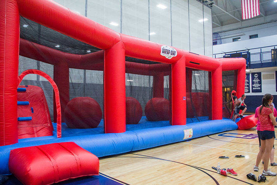 Carol Stream Il >> Wipeout Interactive Inflatable | Party Rentals Around Chicago